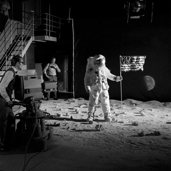 moon landing hoax studio - photo #7